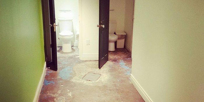 washroom fantail